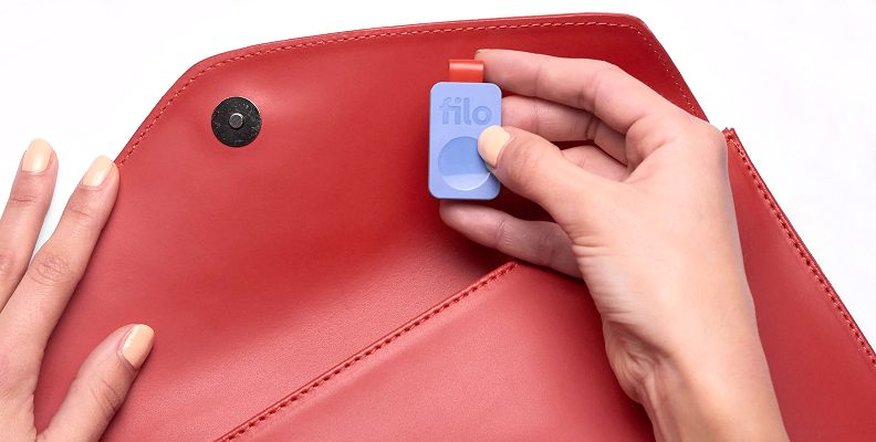 Logo Branded Bluetooth Tracker Filo Tag with a large purse